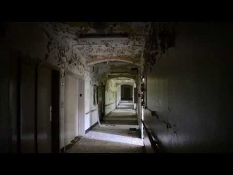 Urban Exploration: Abandoned Psychiatric Hospital - NY