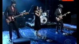 PJ Harvey and John Parish   Black Hearted Love live at Letterman