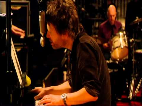 Radiohead - Videotape - Live From The Basement [HD]