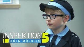 Joshua (6) auf der Wache: Ich möchte Polizist werden! | Inspektion 5 | SAT.1 TV