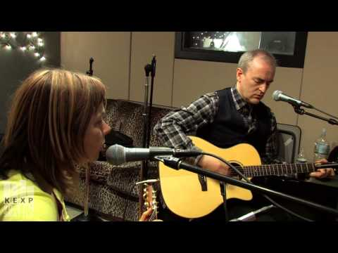 The Vaselines - Jesus Wants Me For A Sunbeam (Live on KEXP)