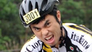 人気タレントの小島よしおさんが2012年1月15日、沖縄県で開催された「...