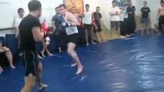 Боксер против Тайского боксера!Муай Тай сила