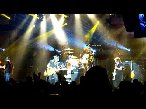Ted Nugent - Turn It Up, 7/28/12, Red Wing, MN