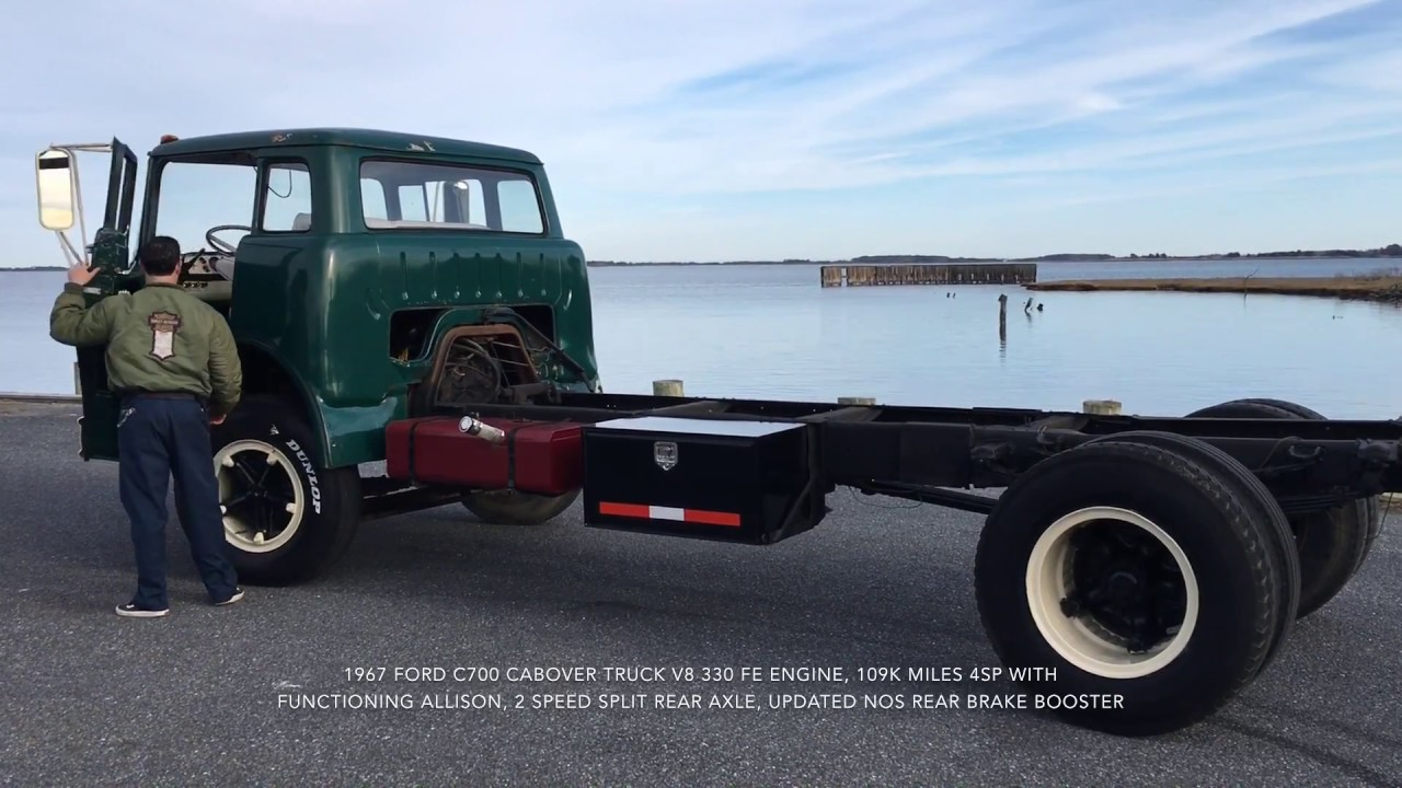 1967 Ford C700 cabover truck - YouTube