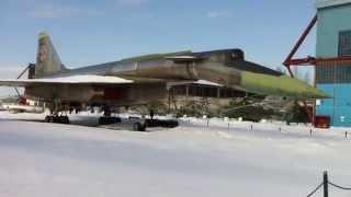 Экскурсия в музей авиации (часть 3)(Это видеоэкскурсия из Центрального Музея Военно-Воздушных Сил в Монино., 2014-10-01T21:03:21.000Z)