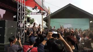 Video Crewsakan - Kalibata Punk Live at Hellprint Monster Tour 2016 download MP3, 3GP, MP4, WEBM, AVI, FLV September 2018