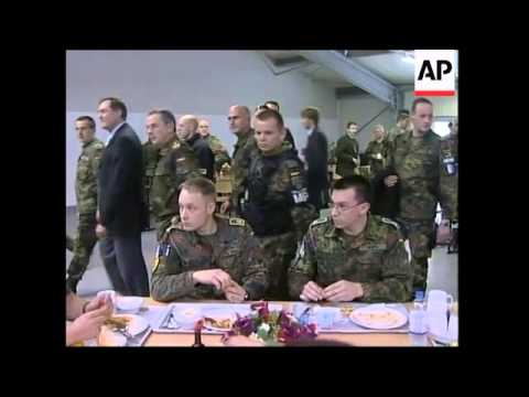 German defense minister visits German troops in the territory