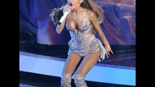 Repeat youtube video Ariana Grande Sexy Fail Moments 2015 - 2016 Compilation