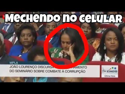 Isabel dos Santos explica o motivo de ter estado a mecher no telefone enquanto João Lourenço falava.