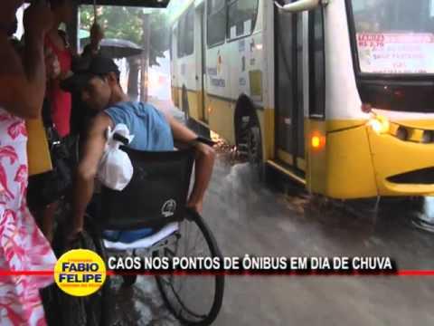 caos-nos-pontos-de-Ônibus-nos-dias-de-chuva