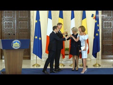 Macron a citat din Cioran, la recepţia organizată de Klaus Iohannis, la Cotroceni