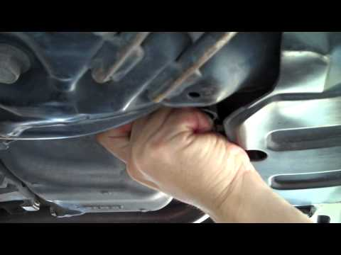 Honda Civic Oil Change And Transmission Fluid Change 2006