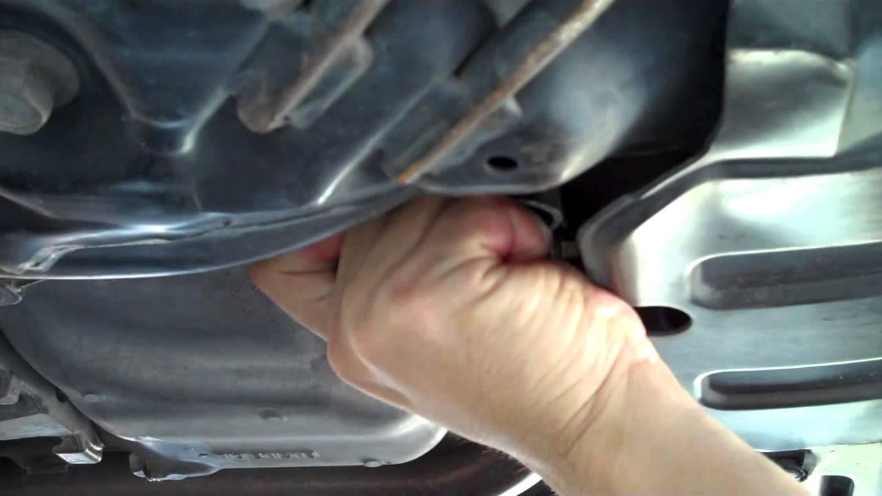 Honda Civic Oil Change And Transmission Fluid Change 2006