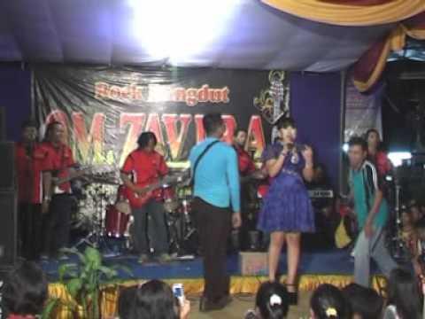 Wedi Karo Bojomu - Wiwik Sagita With OM. Zavira Surabaya 2013