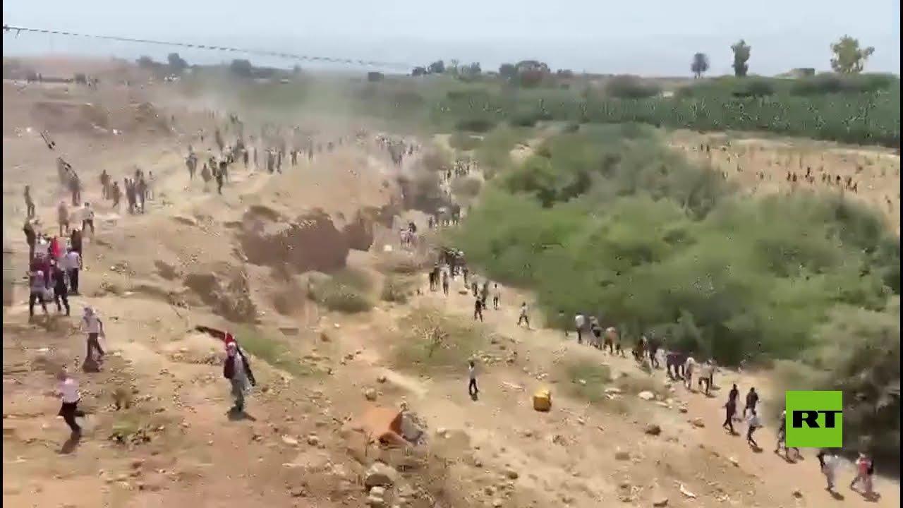 محاولة عدد من المتظاهرين في الأردن اجتياز الخط الحدودي مع فلسطين  - 15:57-2021 / 5 / 14