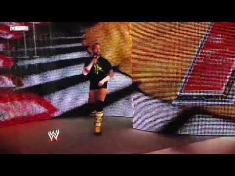 WWE.com Exclusive CM Punk Sings Frank Sinatra's Chicago