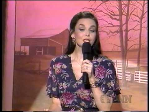Crystal Gayle - Little things mean a lot