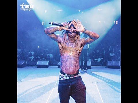 Lil Wayne Announces He's a Member of Roc Nation.