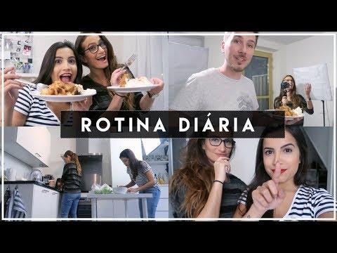 Rotina Diária: Fizemos TORTA DE MAÇÃ, batom vermelho e recebidos com Rachel!   Vanessa Lino