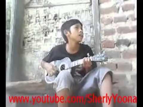Sandiwara Cinta cover by Maulana Pengamen Cilik Pasuruan1