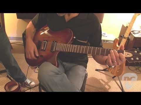 "LA Amp Show '10 - Soloway Guitars Single 15"" Hollowbody Demo"