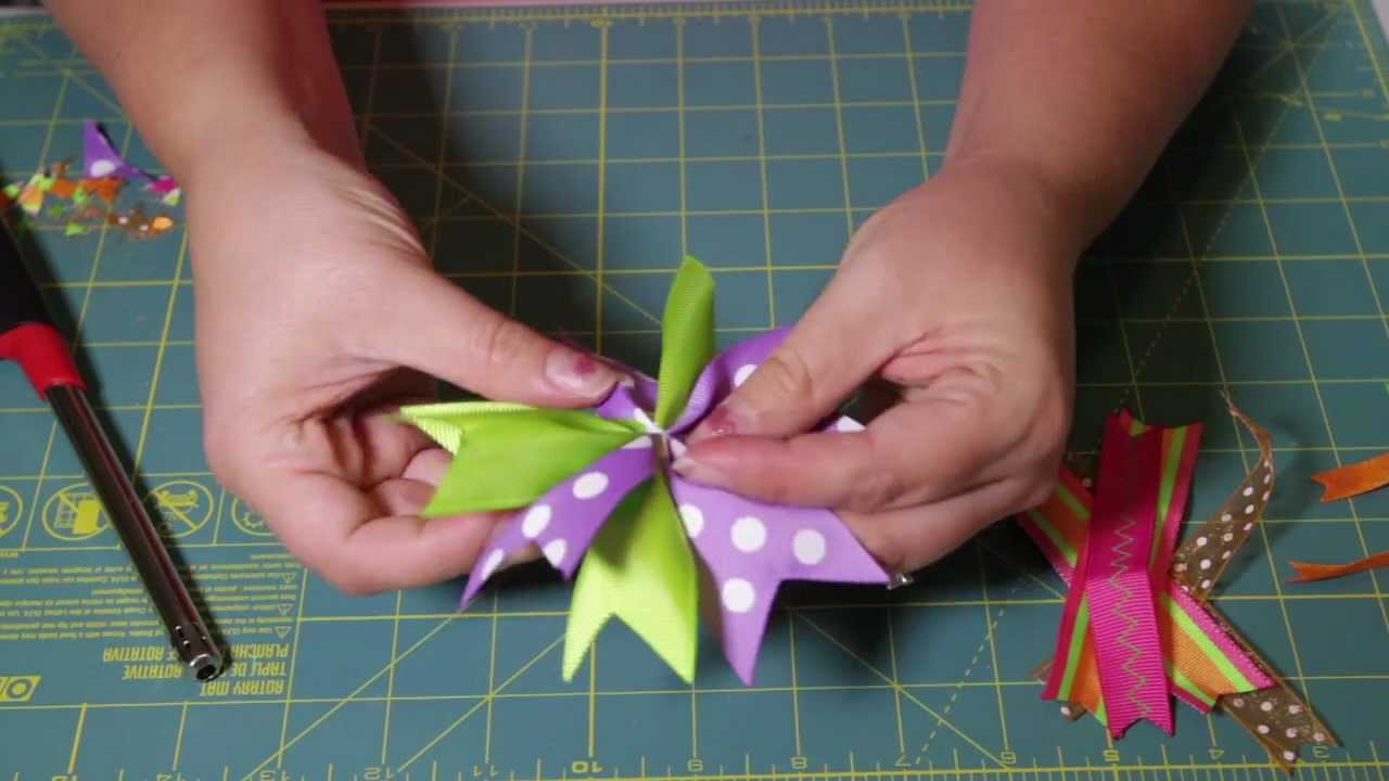 How To Make A Layered Spike Bow - YouTube