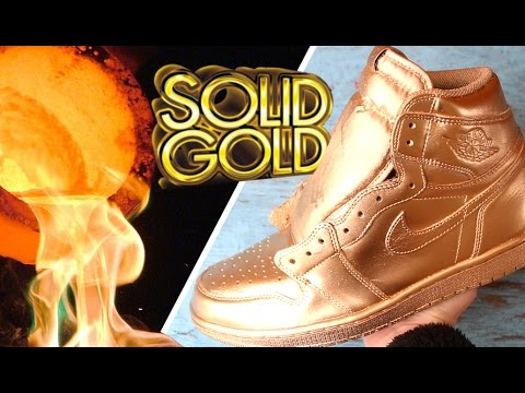 THE SOLID GOLD JORDAN SNEAKERS IN HAND! $120,000 - MOST EXPENSIVE SNEAKER PICKUP EVER