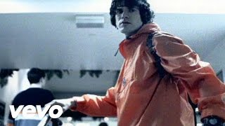 Music video by Super Furry Animals performing Hermann Loves Pauline...