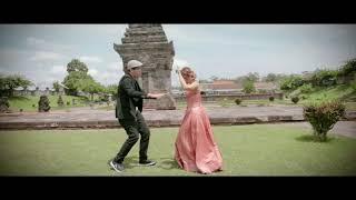 Download lagu Minggir Awas Pliket - Mala Agatha ft Arnet - hooh iyo  (Official Music Video)