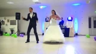 ПРИКОЛЬНОЕ ВИДЕО Сумашедший свадебный танец