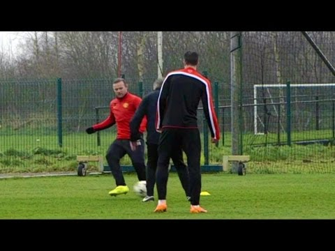 Wayne Rooney Nutmegs David Moyes During Manchester United Training