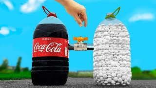 experiment: the Bottle of Coca Cola VS the Balloons of Mentos. Cool reaction!