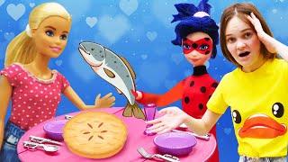 Видео для детей - Кукла Барби и Леди Багучатся готовить! - Лучшие игры для девочек онлайн.