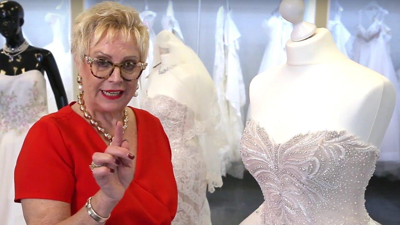 Edle Prinzessin im strahlenden Hochzeitskleid von Nicole - YouTube