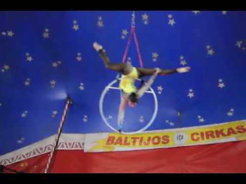 "Vozdushnoe Koljco - ""Energija"" Daniela Gordeja. Circus group Jauniba, Rīga, Latvija"