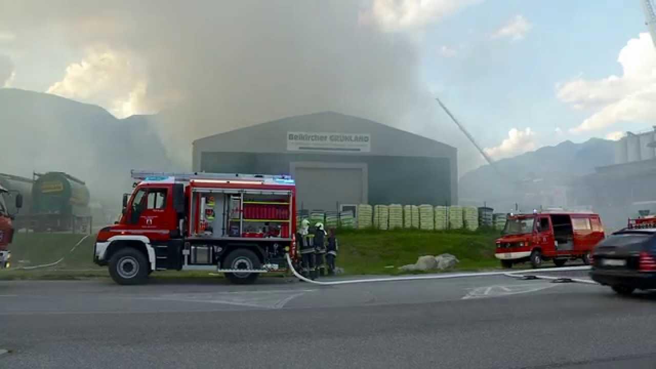 Großbrand Beikircher Grünland - Feuerwehr Einsätze Video (Bruneck, Südtirol)