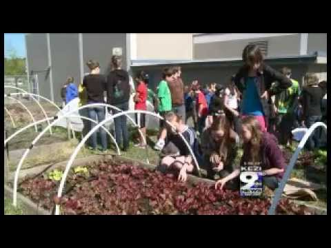 Spencer Butte Middle School Becomes Premier Green School