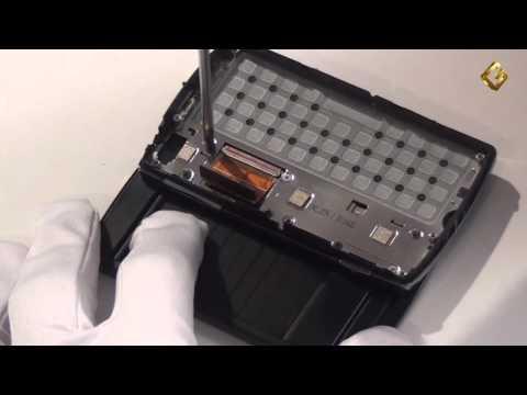 Sony Ericsson Xperia Mini Pro - как разобрать смартфон и его обзор