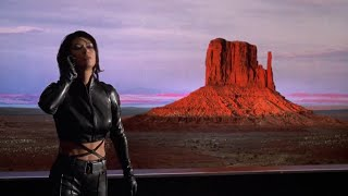 Nia Peeples Half Past Dead leather outfit