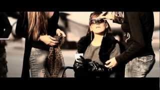 Смотреть клип Mia Mont - Buscándote | Dance Remix