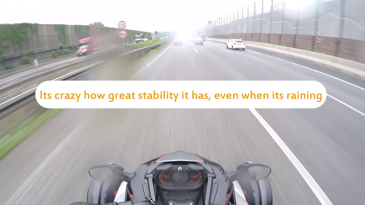 Can Am spyder on German highway top speed - YouTube
