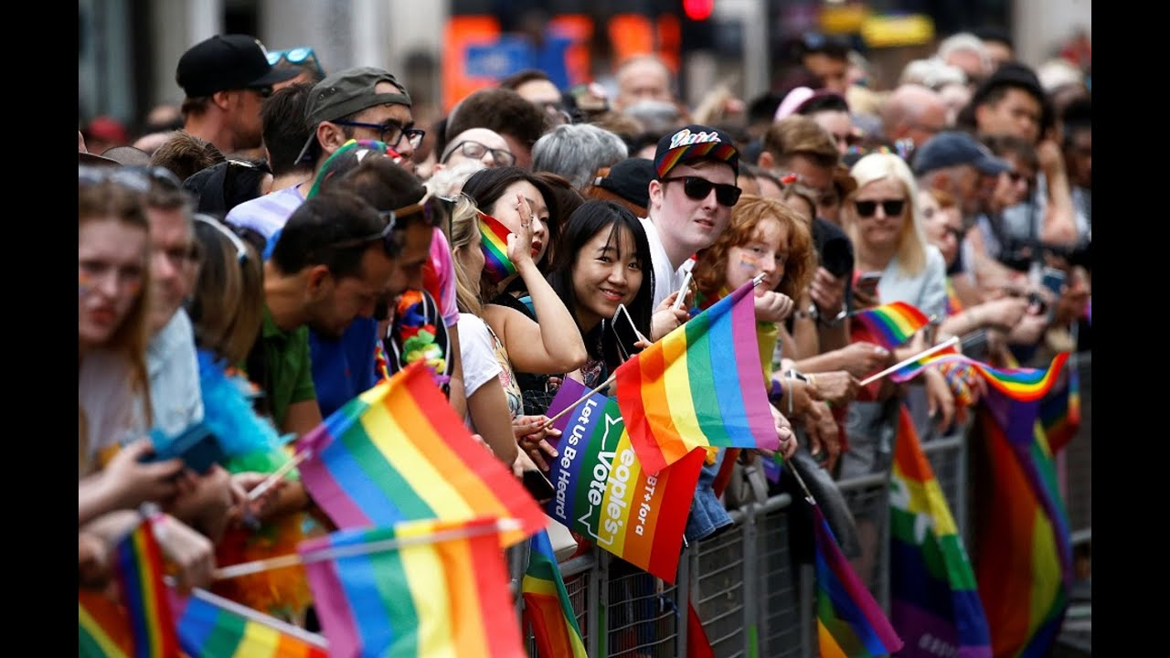 Live | Thousands take to London streets as Gay Pride Parade kicks off -  YouTube