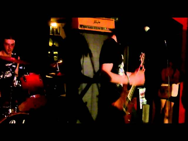 Wall - Live at the Tipsy Teapot 6/11/2011