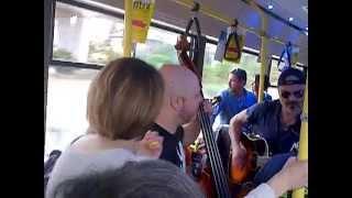 In bus per la città