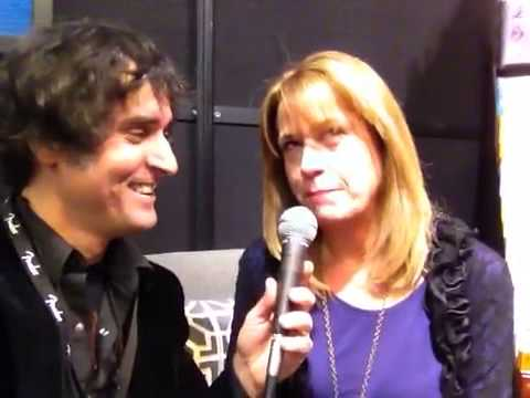 Vicki Peterson Interview at NAMM 2014 - YouTube