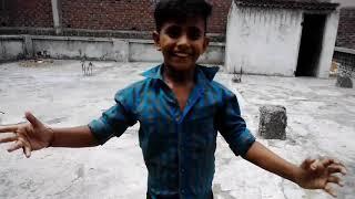 Ladje ka Jamal dekho gajab ka dance pls  comment and like and subscribe