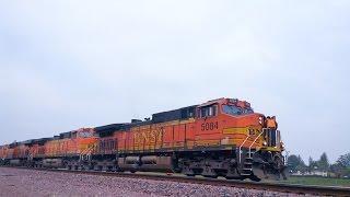 BNSF & Amtrak Trains (3/18/17)