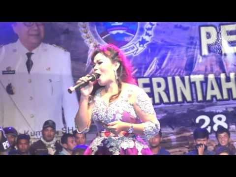 Dompak Sinaga Feat Putri Silitonga  Mauliate Amang Inang