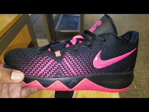 316828710cb0 KYRIE IRVING S NIKE KYRIE FLYTRAP (GS) SNEAKER REVIEW - YouTube